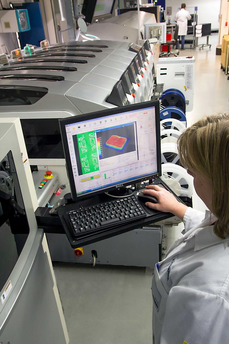 SMD-Bestückung, Solder Paste Inspection (SPI) in 3D-Technologie