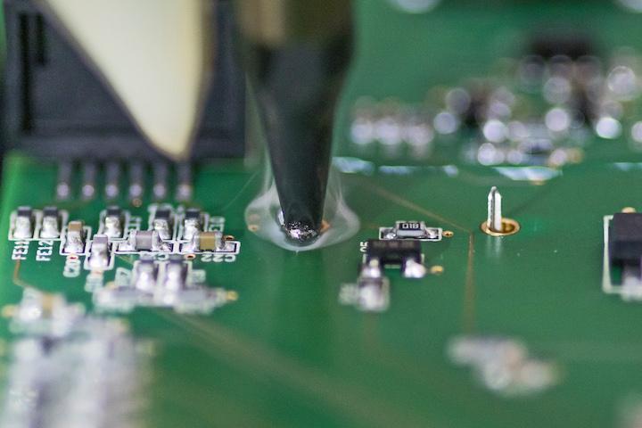 Elektronikfertigung, Lötroboter, Lötvorgang