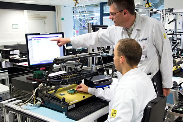 Ausbildung, Elektronikerin / Elektroniker für Geräte und Systeme