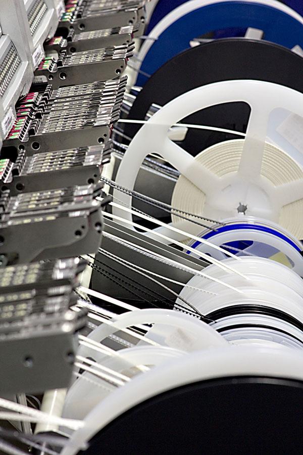 Elektronikfertigung, moderne Bestückungsautomaten