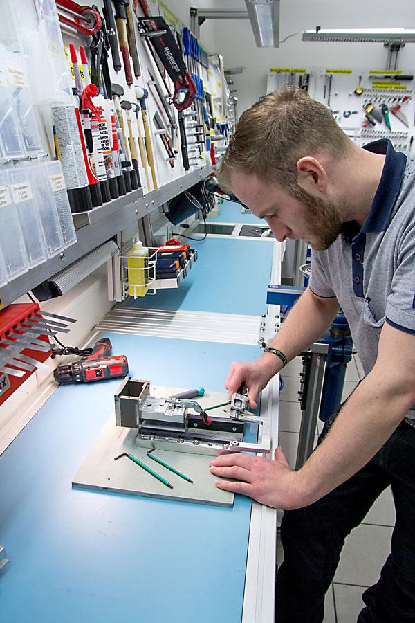 Gerätemontage, Vorrichtungsbau